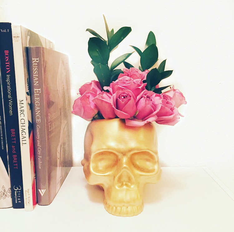 DIY: Gold Skull Vase